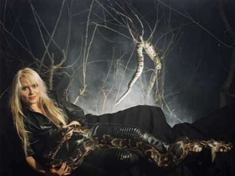 Metal Queen Doro Pesch was a guest on Bruce Dickinson's Radio Show this week