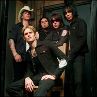 interview_buckcherry1