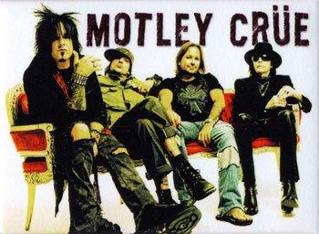 motley-crue-magnet-c121976481
