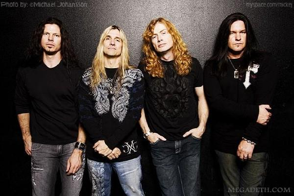 http://hardrockhideout.files.wordpress.com/2009/09/megadeth2009.jpg