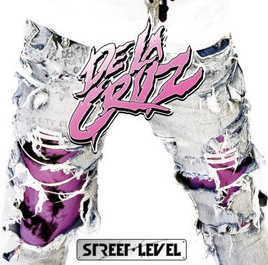 De La Cruz Street Level